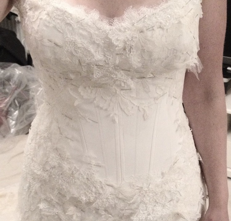 exquisite luxury wedding dress